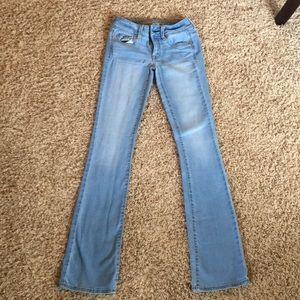 Kick book jeans